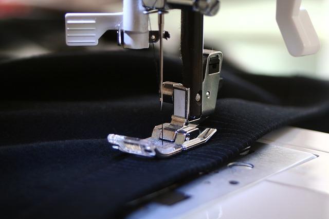 Percer dans le monde de la couture : quels outils choisir ?